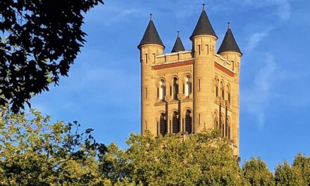 What You Probably Don't Know About Friedrichstadt-Düsseldorf 😲