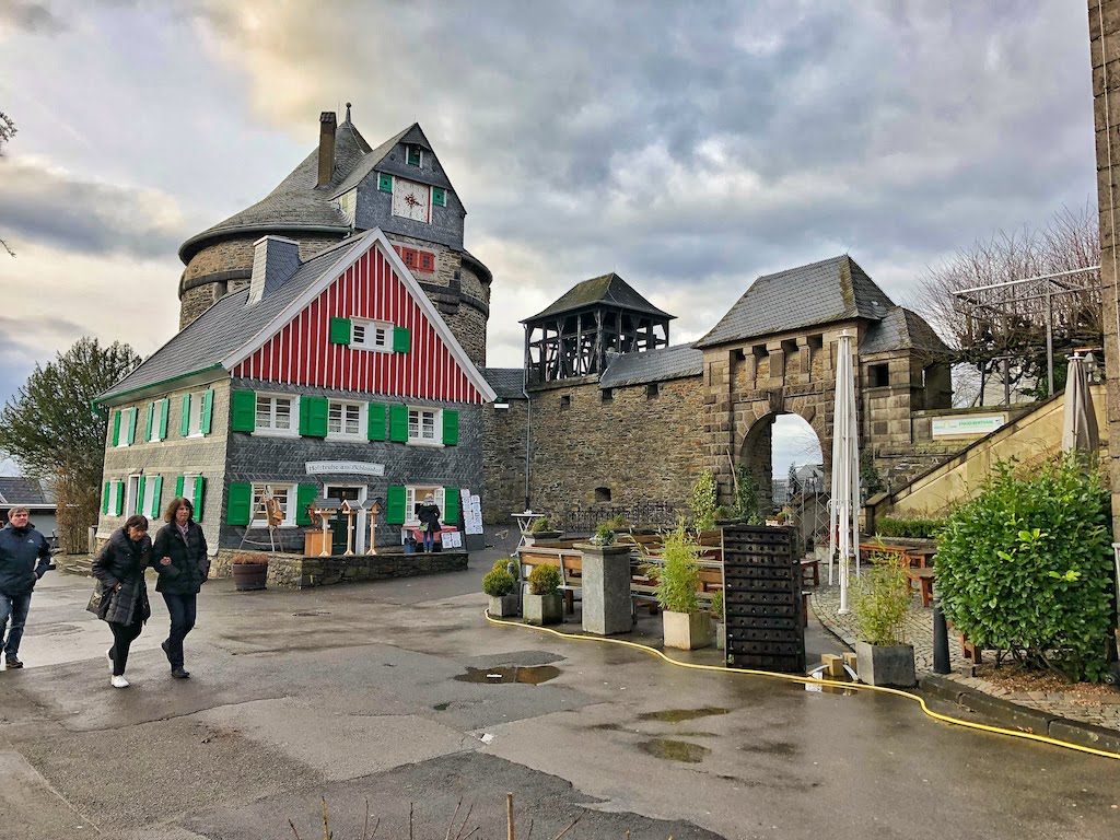 Day Trip: An Unusual Hike Through Solingen   From Burg Castle to the Müngstener Bridge